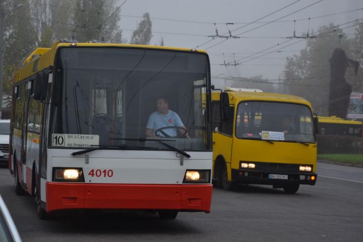 Перший одеський електробус почав перевоз…