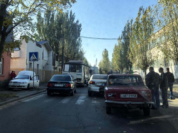 В Бердянске на пешеходном переходе столк…