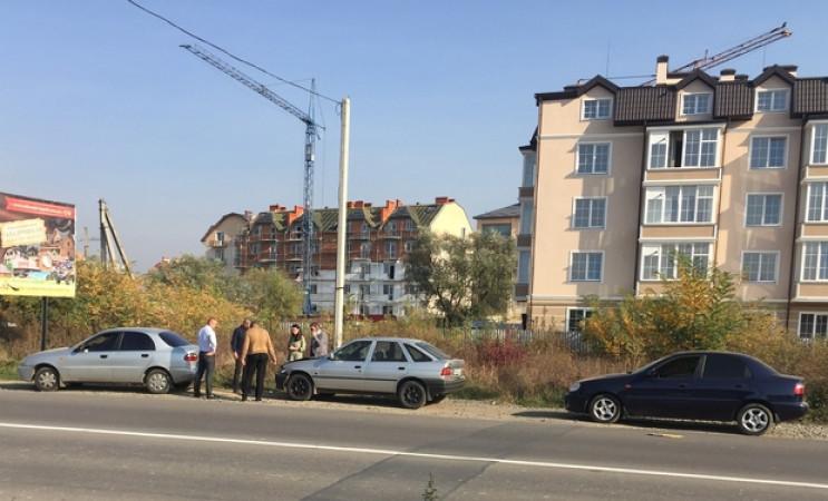 В Ужгороді автомобіль поліції потрапив у…