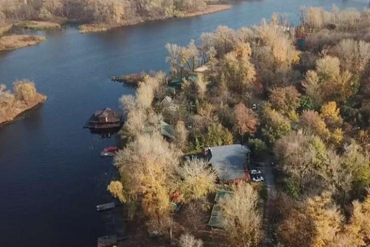 Видео дня: Секретное имение Ткаченко в К…