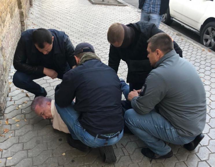 У Зеленского прокомментировали задержани…