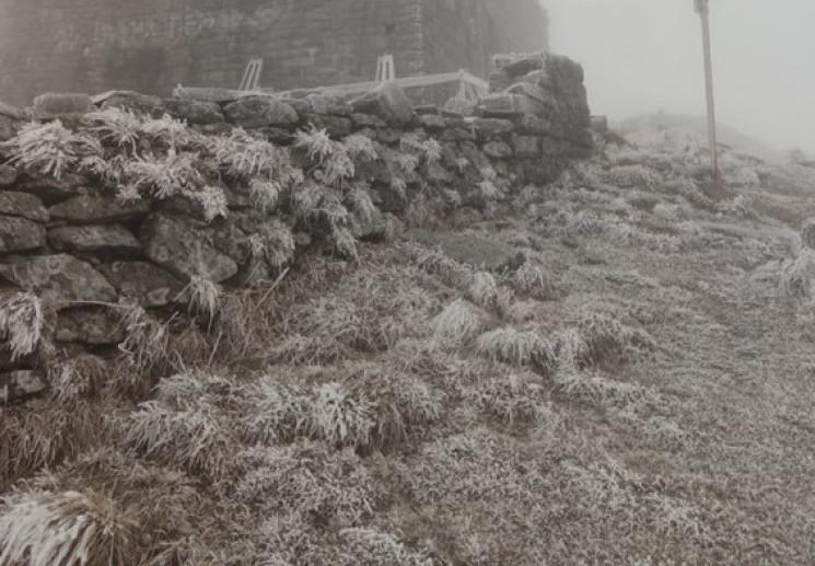 У Карпатах вдарив мороз…
