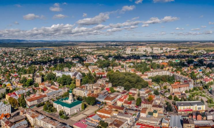 У Дрогобичі і Львові горіли автомобілі…