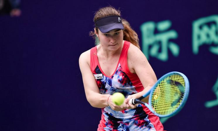 17-річна українська тенісистка прорвалас…
