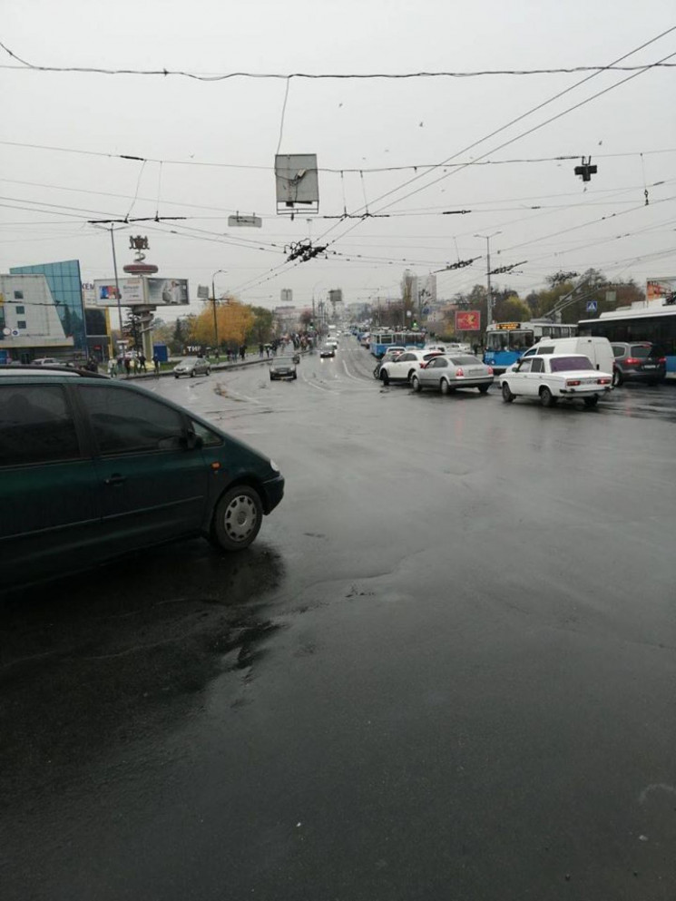 Середмістя Вінниці у заторах: На Централ…
