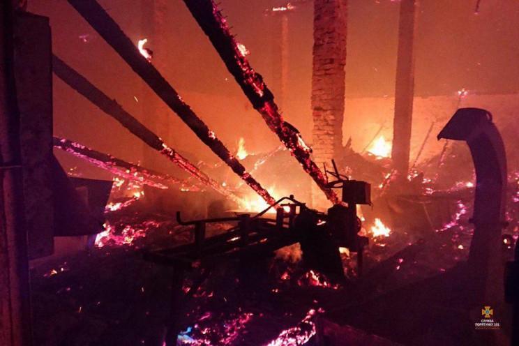 На Тернопільщині в маштабній пожежі згор…