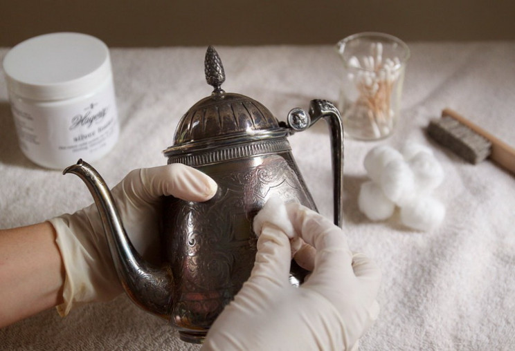 Лайфхак задарма: Як почистити срібло в д…