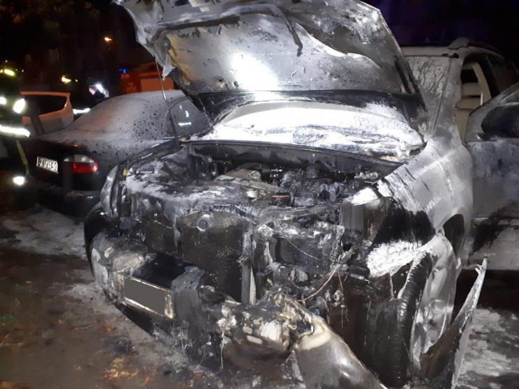 У Рівному згорів Lexus (ФОТО)…