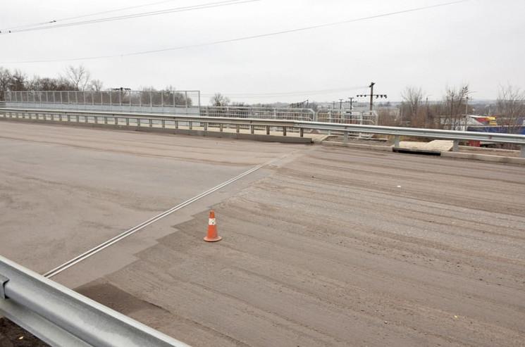 Міст у Кропивницькому обіцяють заасфальт…