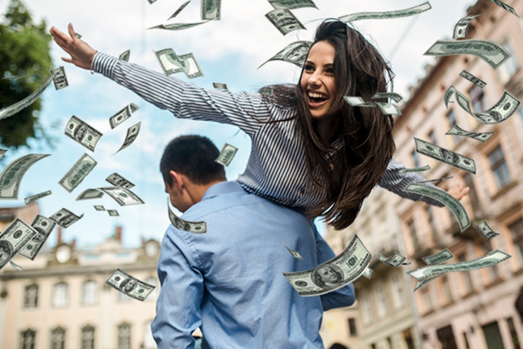 Закарпатці поділились, скільки грошей їм…