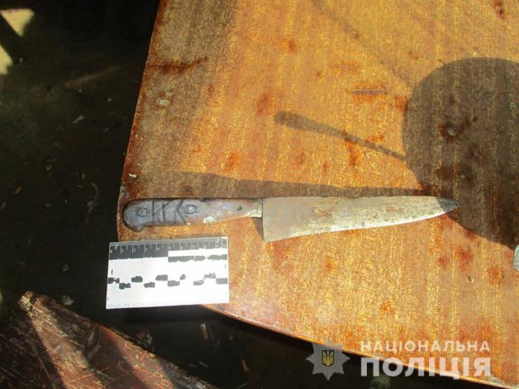 На Запоріжжі чоловік з ножем пограбував…