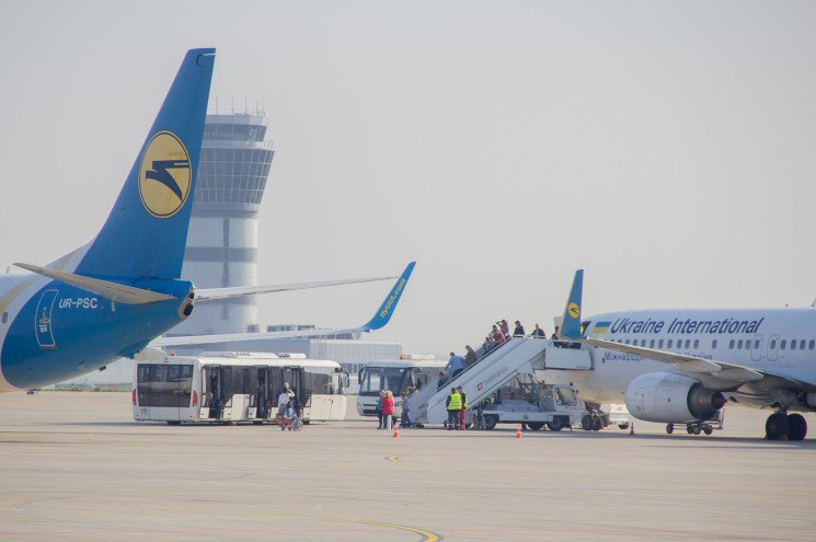 Аеропорт Харкова за жовтень збільшив пас…