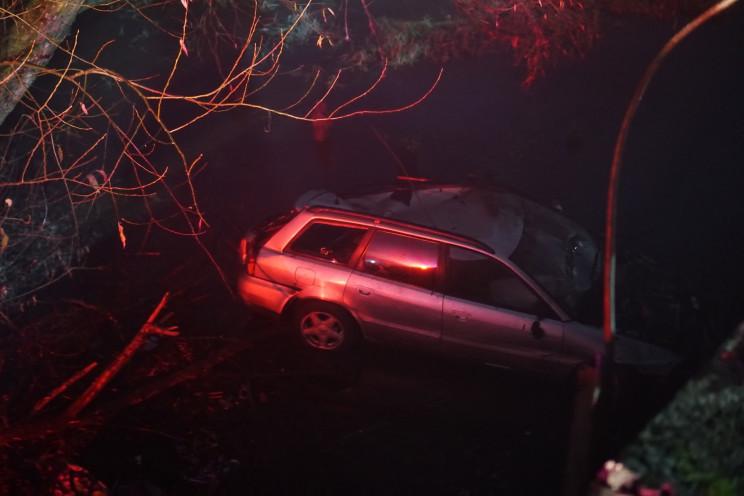 У Червонограді автомобіль злетів з мосту…