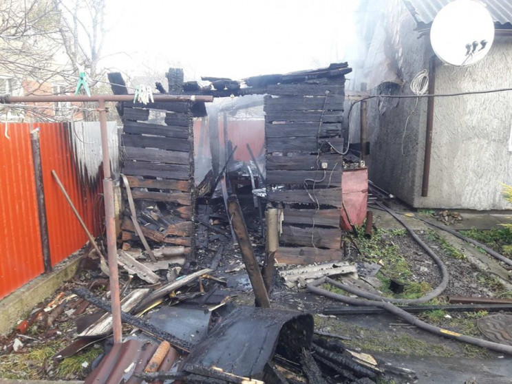 У Соснівці загасили пожежу (ФОТО)…