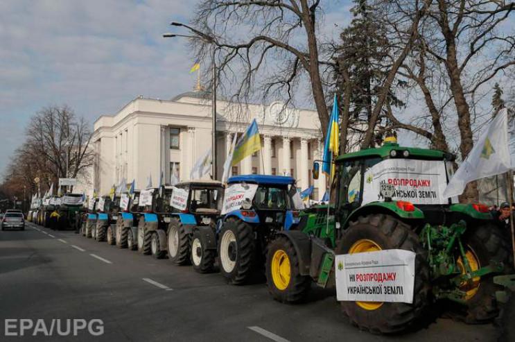 Земельні протести: Чому Зеленський прогр…