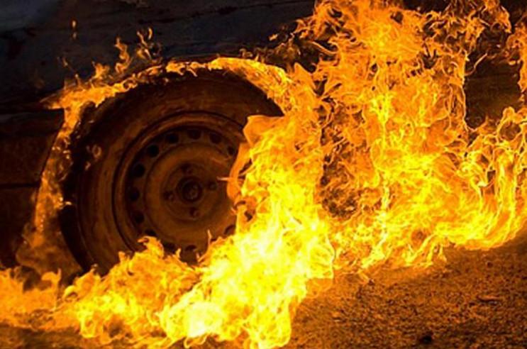 В Кам'янко-Бузькому районі вогнеборці лі…