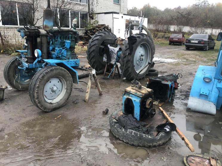 У Львові під час ремонту трактора помер…