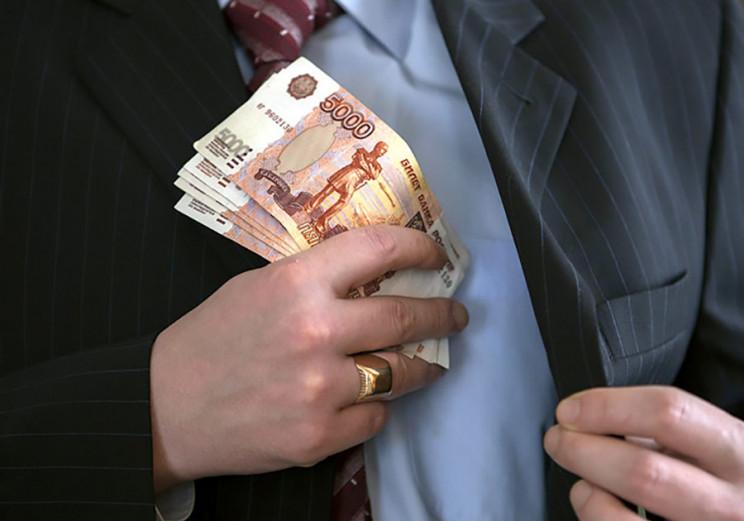 Депутат з Туапсе вимагав у підприємця пі…