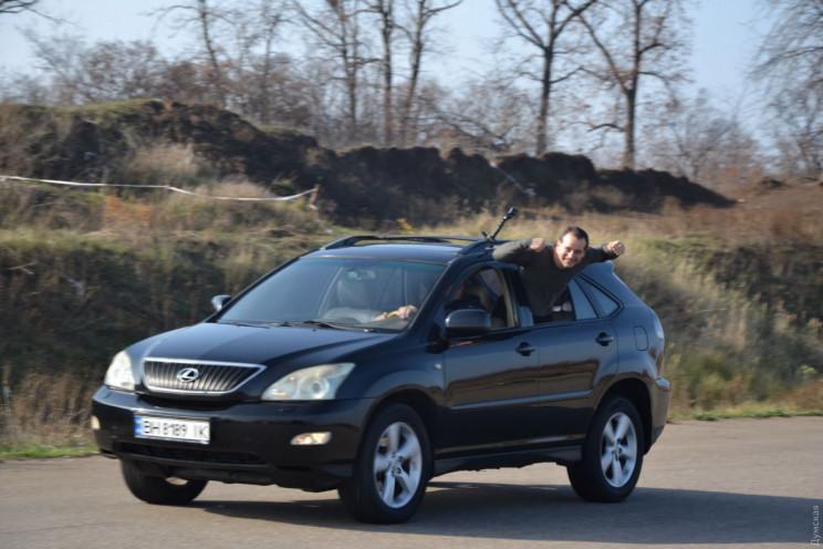 В Одессе каскадер выполнил опасный трюк…