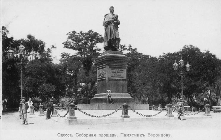 Одеський календар: Незламний пам'ятник В…