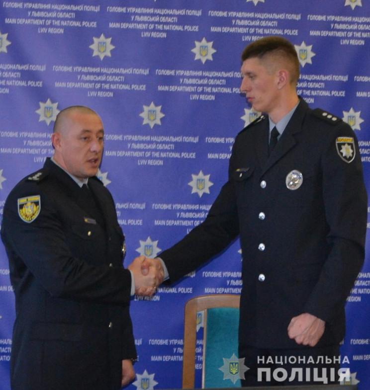 Найвищий поліцейський України переїхав з…