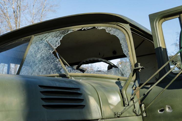 Боевики подбили из ПТРК грузовик ВСУ с п…