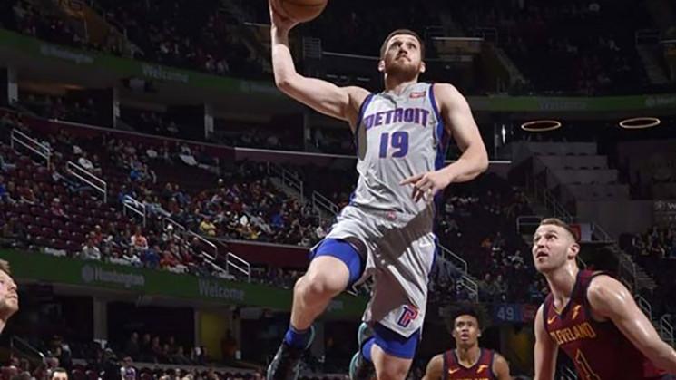 Украинский баскетболист Михайлюк установ…