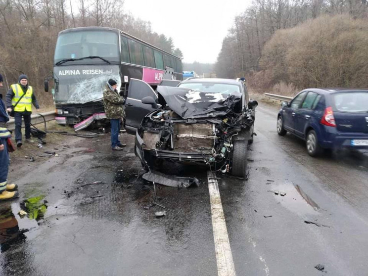 Автобус Познань - Скадовськ потрапив у Д…