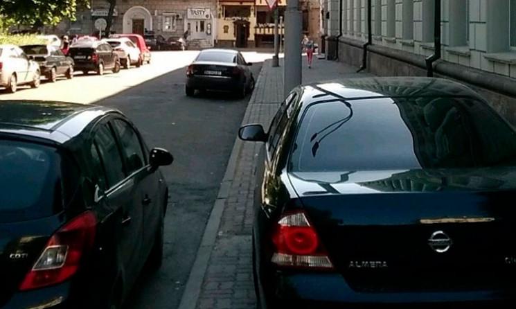 Тернопільські порушники правил паркуванн…