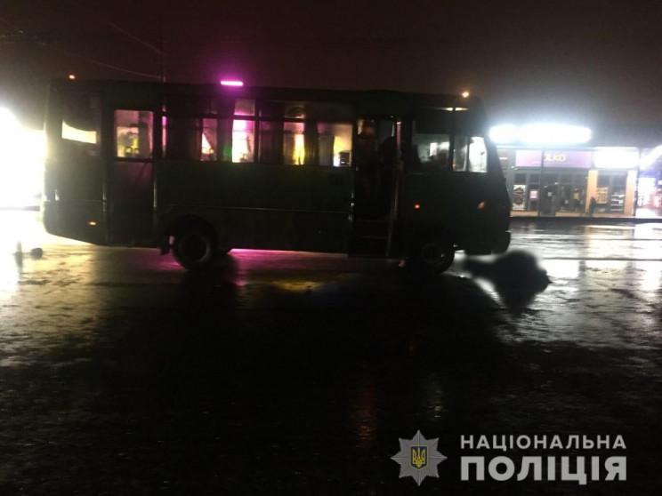 У Харкові пасажирська маршрутка на смерт…