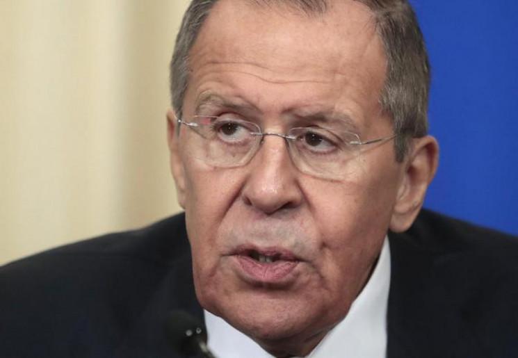 Зустріч Зеленського з Путіним не буде фо…