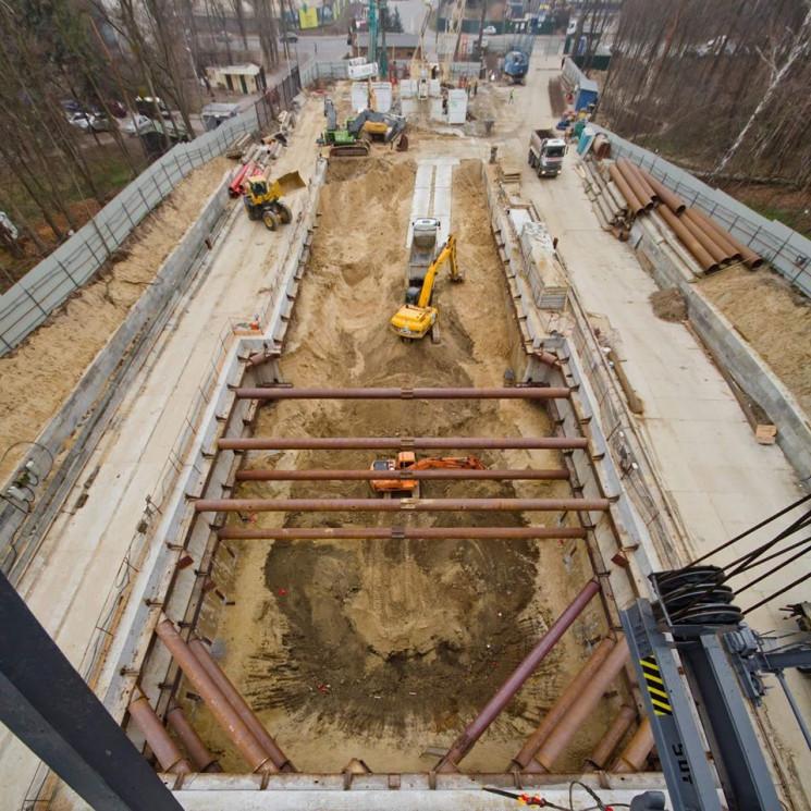 Киянам показали, як будується нова станц…