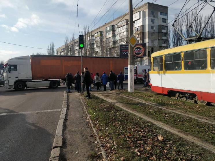 На Котовського вантажівка збила двох піш…