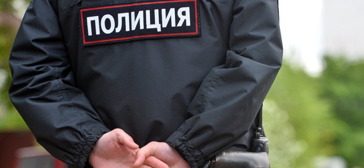 У Краснодарі поліцейський спіймався на в…