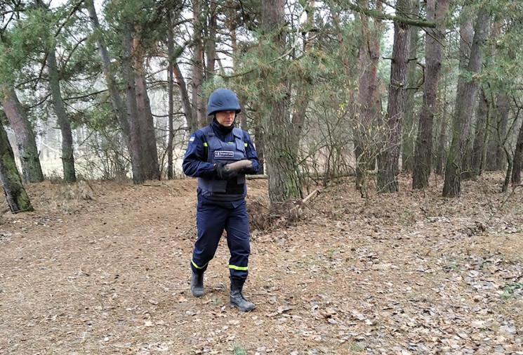 На Полтавщині сапери підірвали артснаряд…