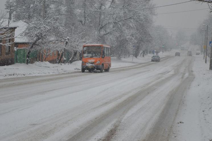 На дорогах Кропивниччини продовжує працю…