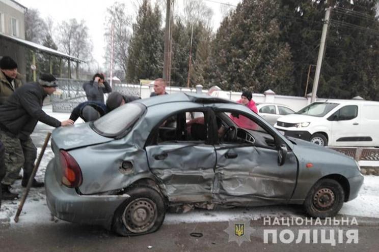 Машина автошколи на Тернопільщині потрап…