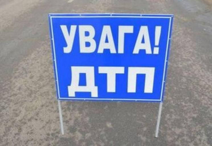 """На Полтавщині зіткнулися """"ВАЗ"""" і Volvo ,…"""