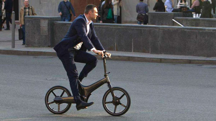 Кличко признался, что купил велосипед, п…