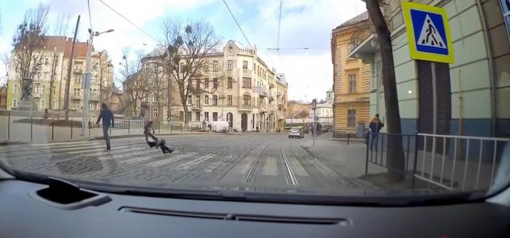 У Львові розшукують жертв чоловіка, який…