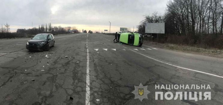 У Хмільницькому районі під час аварії по…