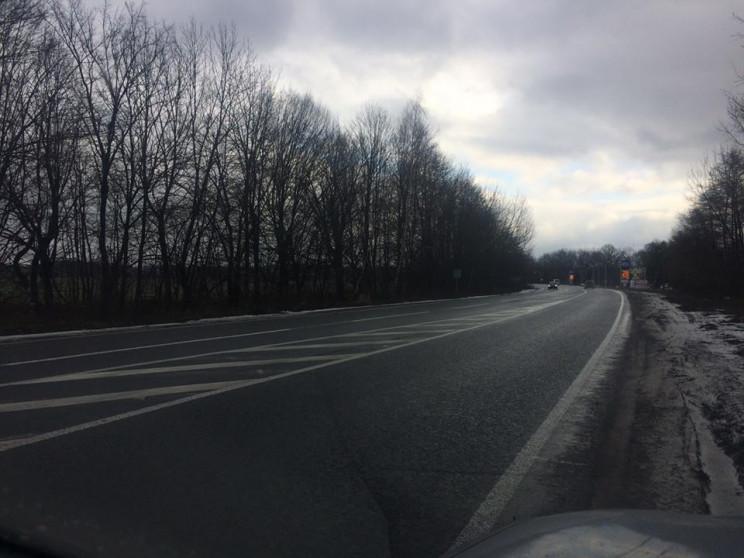 На автодороги Вінниччини висипали 2500 т…