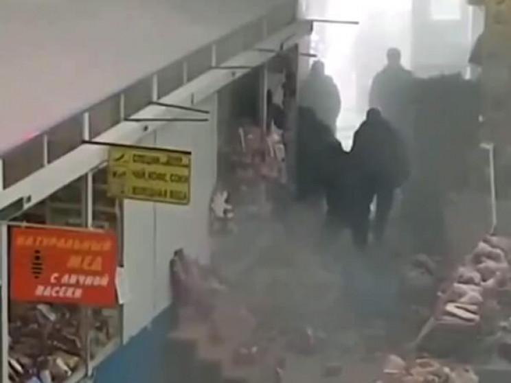 В Єйську сталася пожежа на ринку…