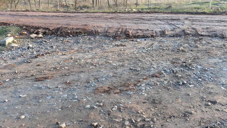 У Бондаренко говорят, что дороге из глин…