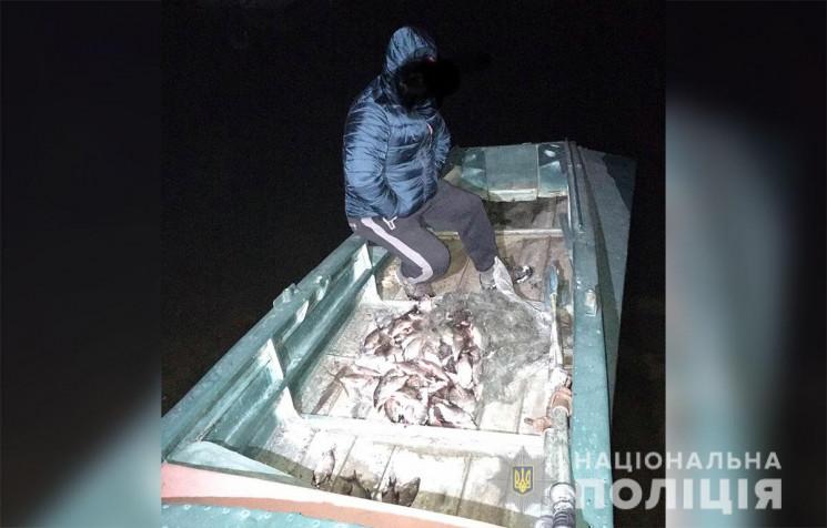 На Полтавщине задержали рыбака-браконьер…