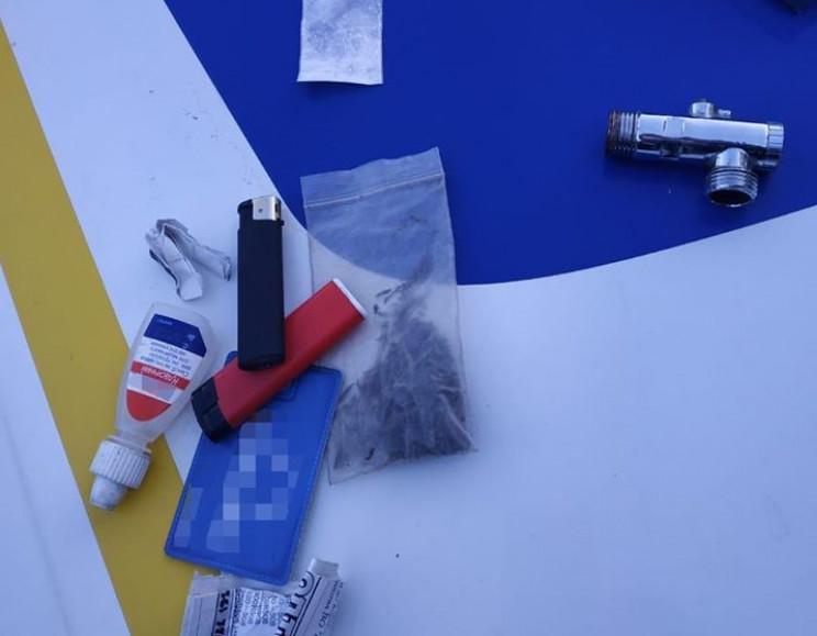 У Хмельницькому копи знайшли наркотики у…