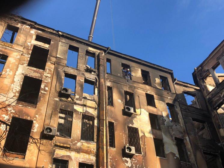 В больницах Одессы находятся 9 пострадав…