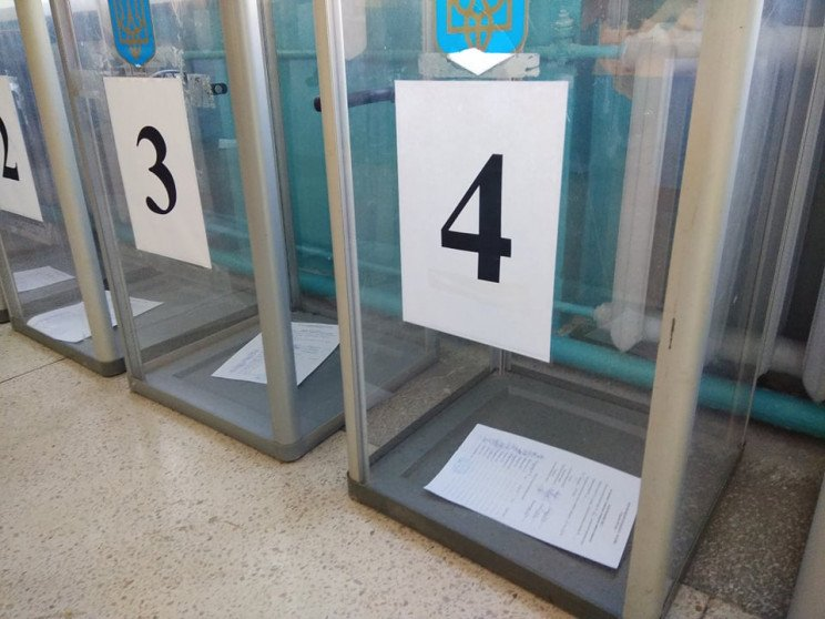 На одній з виборчих дільниць у Полтаві г…