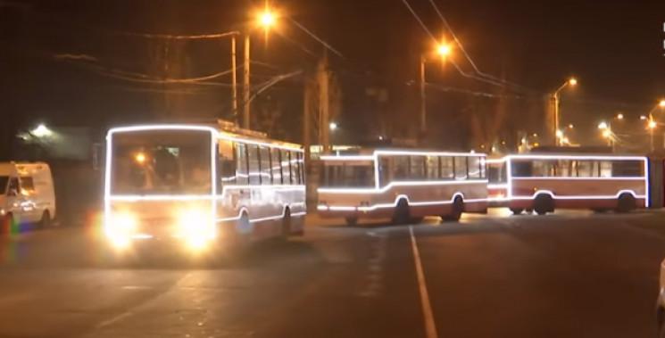 Новорічні тролейбуси 31 грудня вийдуть н…