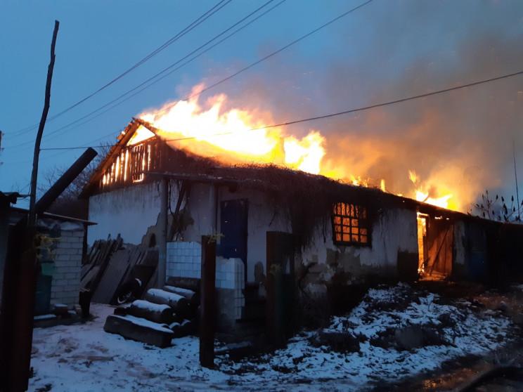 На Харківщині згорів житловий барак…